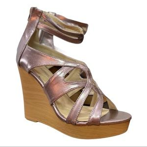 NEW Criss Cross Wedge Baldwin Sandal C. Label 8